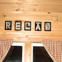 The theme of the cabin is to relax